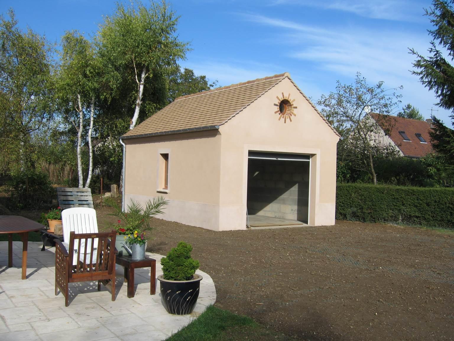 Création d'un garage indépendant.